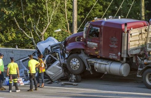 Top 5 Tips to Avoid Truck Accidents